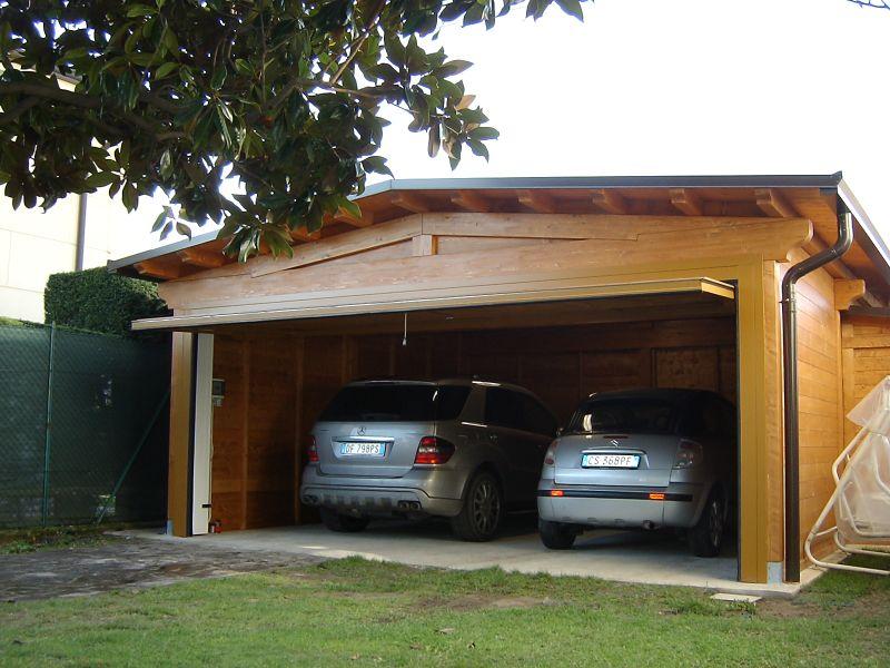 Box auto doppio legno verona garage auto legno box for Box lamiera prezzi