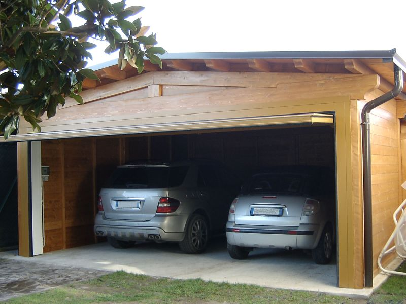 Carport verona carport in legno antigrandine for Box auto richiudibile prezzi