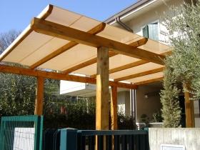 Posto camper in legno su misura