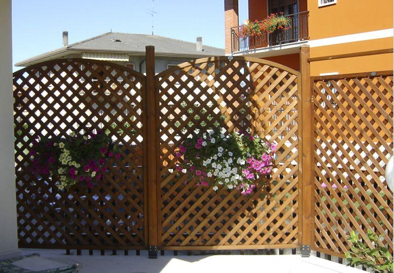 Grigliati e fioriere verona grigliati e fioriere giardino lago di garda - Grigliati in legno ikea ...
