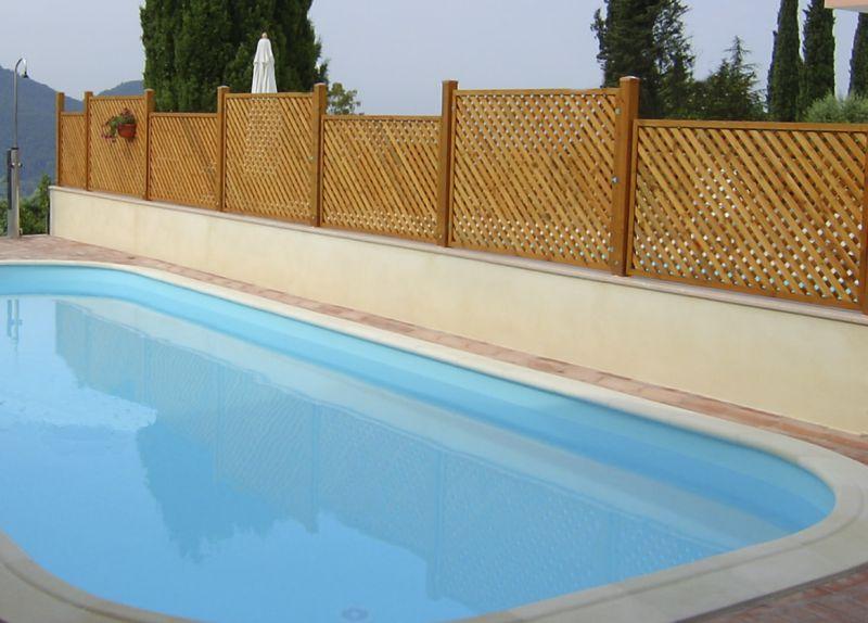 Recinzioni giardino verona recinzioni piscina for Idee recinzione giardino
