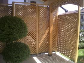 Grigliato frangivista in legno modello athos naturale