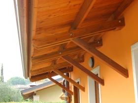 Copriporta in legno a diagonale dritto