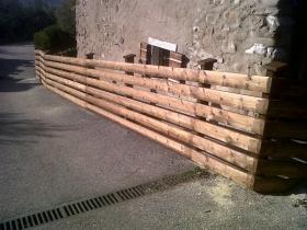 Staccionata in legno tavolato stondato